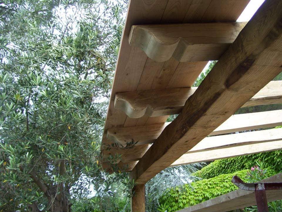Tettoie in legno lamellare
